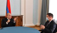 Президент Армен Саркисян принял посла Франции в Армении Жонатана Лакота