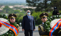At the Sardarapat Memorial, President Armen Sarkissian paid tribute to the memory of the heroes of the Battle of Sardarapat