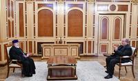 Le Catholicos de tous les Arméniens a félicité le Président Armen Sarkissian pour son anniversaire