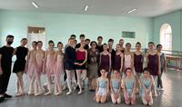 """Le ballet """"Le hérisson chauve"""" est en préparation pour une mise en scène. Mme Nouneh Sarkissian était présente à la répétition de son conte de fées"""