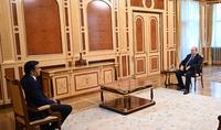 Նախագահ Արմեն Սարգսյանն ու Արման Թաթոյանը քննարկել են հայ-ադրբեջանական սահմանին տիրող իրավիճակը