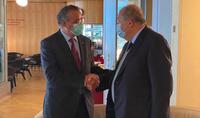 Պատվաստումը համավարակի դեմ պայքարի հիմնական միջոցն է. նախագահ Արմեն Սարգսյանը  հանդիպել է ԱՀԿ գլխավոր տնօրեն Թեդրոս Ադհանոմ Գեբրեյեսուսի հետ