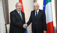 L'Italie envisage avec confiance l'avenir des relations avec l'Arménie. Le président italien Mattarella a félicité le président Sarkissian