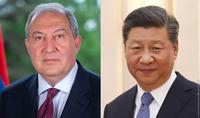 Je suis prêt à faire des efforts avec vous pour renforcer les relations d'amitié traditionnelles. Le président chinois Xi Jinping a envoyé un message de félicitations au président Sarkissian