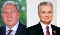 La Lituanie a été la première à reconnaître l'Indépendance de l'Arménie il y a 30 ans : Le Président de la Lituanie Nausėda a félicité le Président Armen Sarkissian à l'occasion du Jour de l'Indépendance