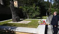 Grigor Narekatsi - an eternal symbol of solidarity between the two Christian communities. President Armen Sarkissian visited the bronze statue of St. Gregory Narekatsi in the Vatican Gardens
