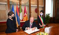 Nous pouvons faire beaucoup de choses ensemble. Le Président Armen Sarkissian a rencontré la maire de Rome Virginia Raggi