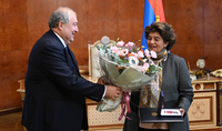 President Armen Sarkissian presented a high state award to Edele Hovnanian, the Prseident of the Hirair and Anna Hovnanian Foundation