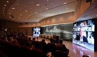 Чтобы сегодня решить наши проблемы, нужно много работать и сосредоточиться на будущем – в рамках Армянского саммита умов Президент Армен Саркисян провёл беседу с Нубаром Афеяном