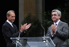 Welcoming remarks by President Serzh Sargsyan at the meeting with the Mayor of Paris Bertrand Delanoe and representatives of the Armenian community