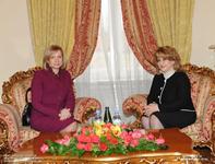 Առաջին տիկին Ռիտա Սարգսյանը հյուրընկալել է Լատվիայի առաջին տիկին Լիլիտա Զատլերին