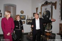 Первая леди РА и Первая леди Латвийской Республики посетили дом-музей Сергея Параджанова