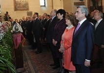President Serzh Sargsyan attended a special Easter mass at the Holy See of Echmiadzin