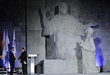 Серж Саргсян присутствовал на официальной церемонии провозглашения Еревана Всемирной столицей книги 2012 года