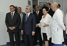Президент Серж Саргсян посетил столичный медицинский центр «Норк-Мараш»