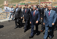 President Serzh Sargsyan conducted working visits to Kotayk and Gegharkunik marzes