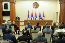 Серж Саргсян в Степанакерте принял участие в праздничных мероприятиях, посвященных 20-летию провозглашения НКР