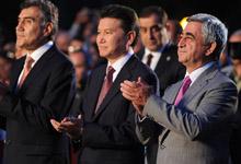 Серж Саргсян присутствовал на церемонии открытия проводимого в Джермуке международного женского шахматного турнира Гран при