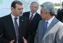 President Serzh Sargsyan familiarized with the progress of road construction projects carried out in Yerevan in 2012