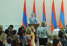 Серж Саргсян в Цахкадзоре провел встречу с представителями женщин РПА