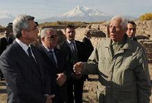 Президент посетил имеющие исключительное значение для археологического наследия Армении места археологических раскопок