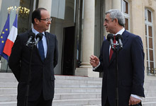 The Presidents of Armenia and France made statements for the representatives of the mass media on the results of the meeting