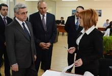 Президент посетил подразделения Комитета государственных доходов РА, встретился с руководящим составом КГД