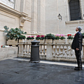 President Serzh Sargsyan in Vatican visited the Saint Peter Cathedral and the sculpture of Saint Gregory Illuminator placed at the outwall of the Cathedral-12.12.2011