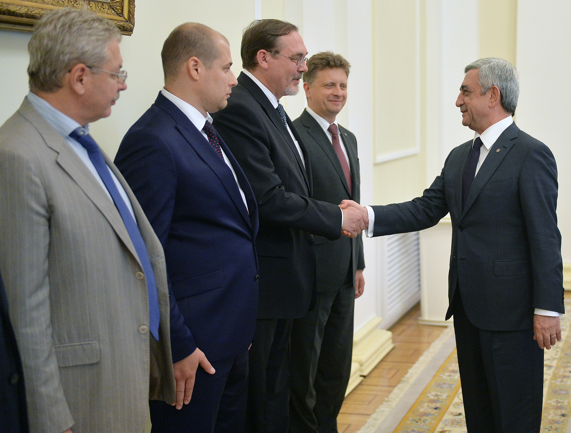 President receives delegation headed by russian transport minister 2000x1519px 1 mb kristyandbryce Images