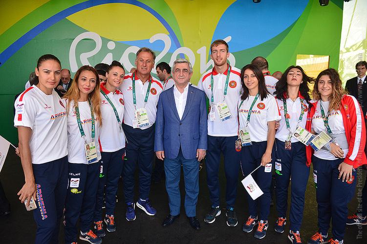 Նախագահը Ռիո դե Ժանեյրոյում հանդիպել է օլիմպիական խաղերում Հայաստանը ներկայացնող մարզիկների հետ