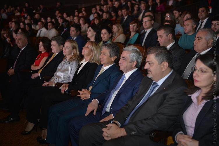 Серж Саргсян присутствовал на мероприятии по 15-летию основания компании «Юнибанк»