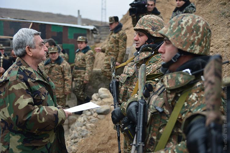 Серж Саргсян посетил боевые позиции
