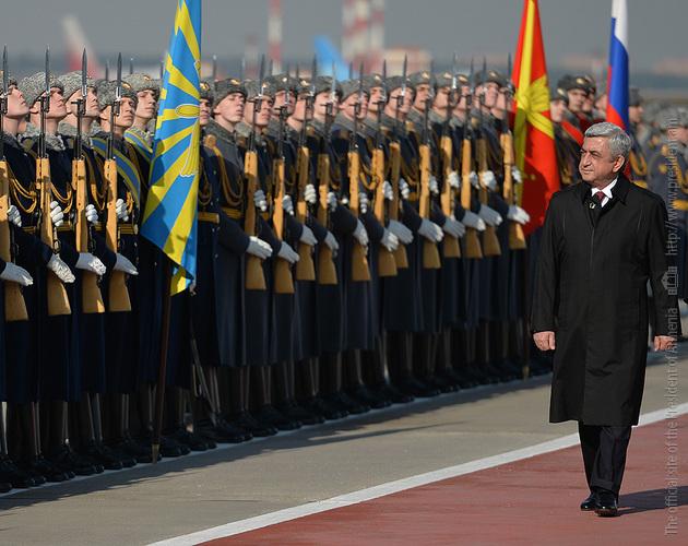 Серж Саргсян прилетел в Москву