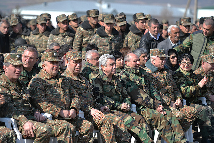 Серж Саргсян: Наши вооруженные силы продолжат принуждать противника к миру