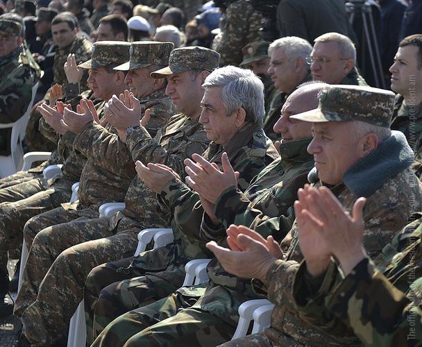 Серж Саргсян: На границе мы предотвращаем геноцид