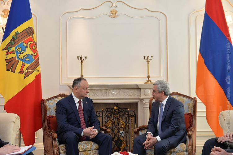 Президенты Серж Саргсян и Игорь Додон обсудили вопросы армяно-молдавского сотрудничества