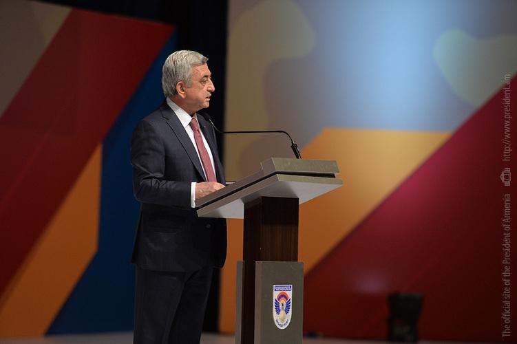 Серж Саргсян: Нам нужны полноценные люди, нам нужны хозяева страны