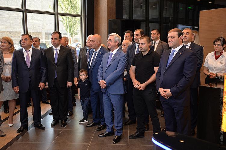 Серж Саргсян присутствовал на церемонии открытия спортивного клуба «Рибок»