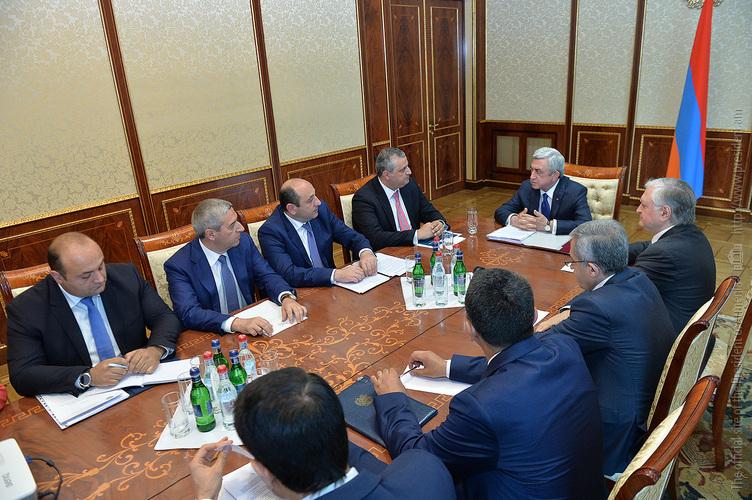 В резиденции президента обсудили торгово-экономические отношения между Арменией и США