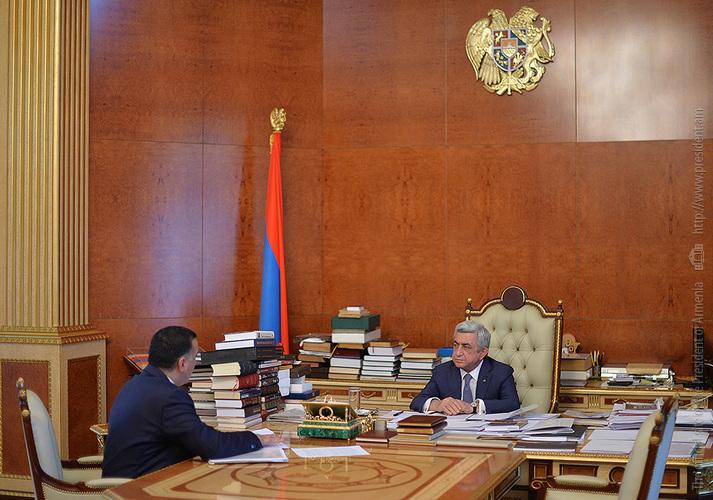 Глава Минтруда Артем Асатрян доложил президенту Армении о проводимых в сфере реформах
