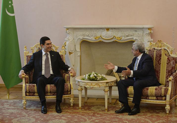 Бердымухамедов: Туркменистан и Армения имеют огромный потенциал в торгово-экономической сфере