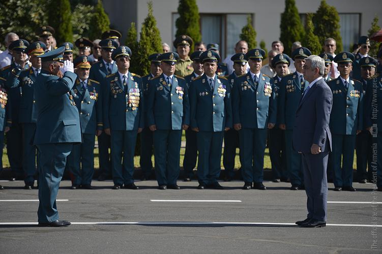 За последнее время МЧС Армении сыграло важнейшую роль: С. Саргсян поздравил спасателей и открыл новый комплекс