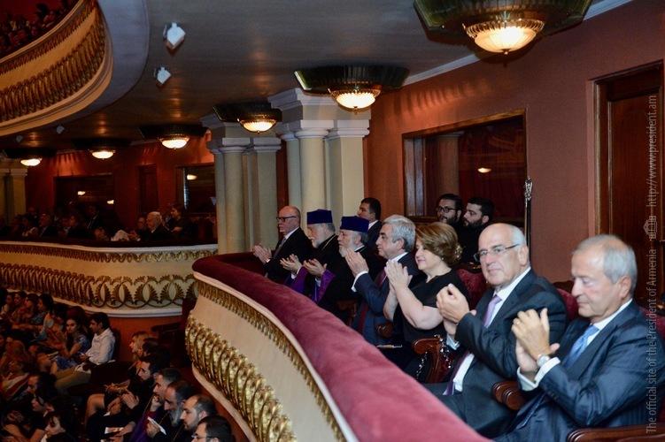 Серж Саргсян присутствовал на премьере музыкальной постановки, посвященной фильму «Обещание»