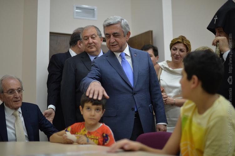 Серж Саргсян присутствовал на открытии детского реабилитационного центра в Ереване