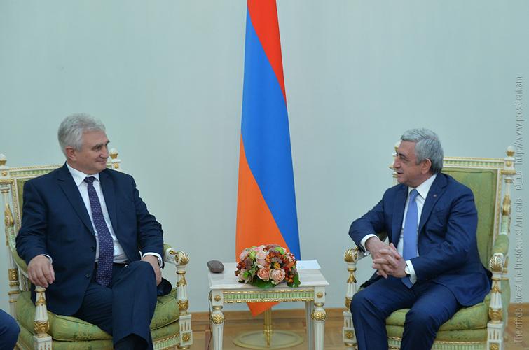Милан Штех заверил президента Армении: Власти Чехии не давали разрешения на продажу вооружения Азербайджану