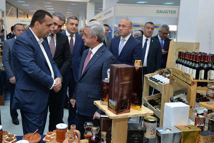Серж Саргсян посетил выставку «АрмПродЭкспо»