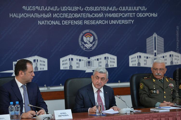 Серж Саргсян: Ставлю задачу разработать новую 7-летнююю программу модернизации армии