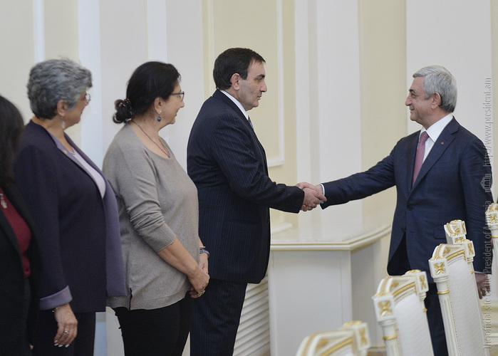 Серж Саргсян встретился с молодыми учеными Армении и Диаспоры
