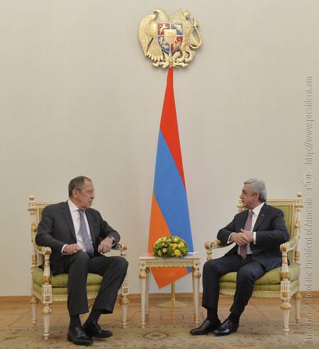 Серж Саргсян на встрече с Лавровым: Отношения Армении и России отличаются очень хорошим взаимодействием в военной и других сферах