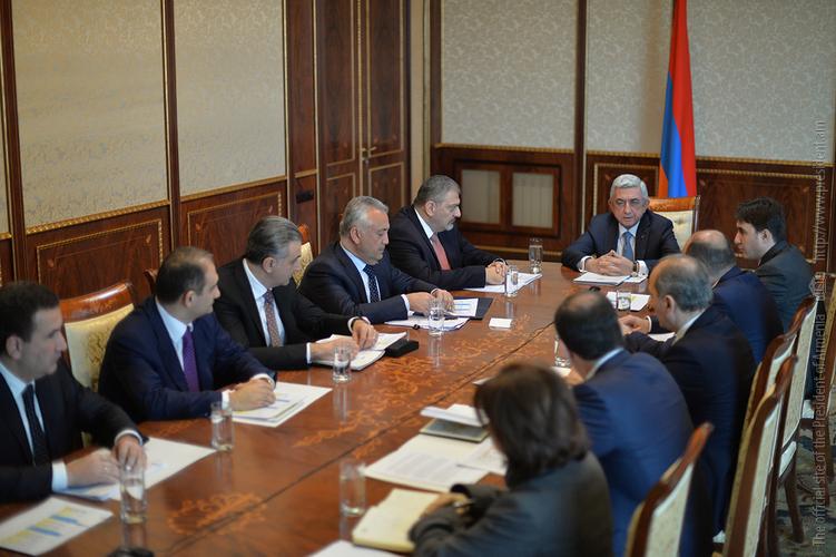 Серж Саргсян провел совещание, посвященное повышению цен